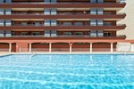 Апартаменты Apartamentos Sallés Beach