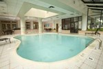 Отель Hilton Suites Chicago/Oakbrook Terrace