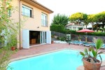 Апартаменты Holiday home Av Farrell Sant Pol de Mar