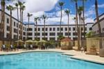 Отель Hilton Phoenix Airport