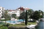 Отель Apartment Port Sotavent I Empuriabrava