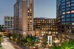 Отель Hilton Charlotte Center City