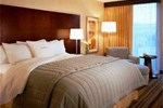 Отель DoubleTree by Hilton Chicago - North Shore Conference Center