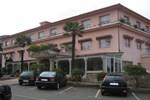 Отель Hotel Garcas