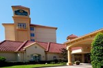 Отель La Quinta Inn And Suites Greensboro