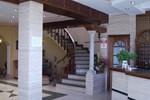 Отель Hotel La Lancha