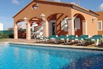 Апартаменты Holiday home Villas Begonias Cala'n Bosch