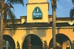 Отель La Quinta Inn & Suites Orange County-Santa Ana