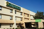 Отель La Quinta Inn Huntsville Madison Square Mall