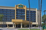 Отель La Quinta Inn and Suites Buena Park