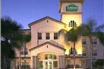 Отель La Quinta Inn & Suites Sunrise