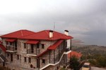 Отель Anerades