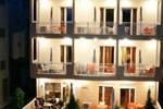 Апартаменты Marie Claire Studios