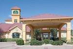 Отель La Quinta Inn & Suites Pueblo