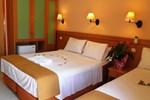 Отель Hotel Segas
