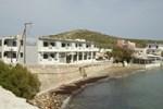 Отель Vari Beach Hotel