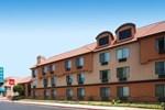 Отель Comfort Inn & Suites Bell Gardens