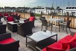Отель DoubleTree by Hilton Berkeley Marina
