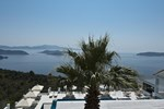 Отель Skiathos Club Hotel & Suites