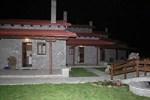 Отель Guesthouse Charadra