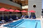 Отель Manos Palace