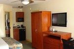 Отель Rodeway Inn & Suites Fort Lauderdale Airport / Cruise Port