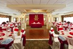 Отель Sheraton LaGuardia East Hotel
