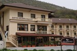 Отель Hotel Grand Chalet