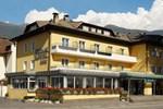 Отель Tourist Hotel