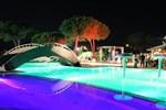 Отель Camping Lacona Pineta