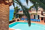 Отель Hotel Punta Est