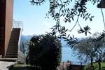 Апартаменты Holiday Home Carlo Riva Di Solto