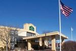 Отель La Quinta Inn & Suites Andover