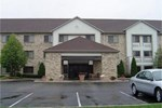 Отель La Quinta Inn Milwaukee-Delafield