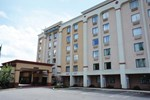 Отель La Quinta Inn And Suites New Britain Hartford South
