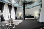 Отель Hotel Bats