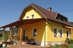 Апартаменты Holiday Home Pfeifer Ruden