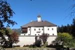 Апартаменты Ferienwohnung Schloss Dornbach