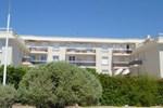 Апартаменты Apartment La Mer Saint Cyr Sur Mer