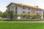 Отель Hotel Pyrenées Atlantique
