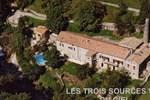 Отель Les 3 Sources