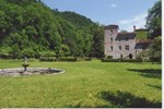 Отель Le Castel De Burlats