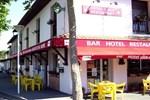 Отель Hôtel Bar des Arènes