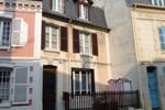 Апартаменты Holiday Home Hautpoul Trouville sur Mer