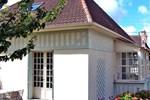 Апартаменты Holiday Home Maison avec jardin Trouville sur Mer