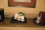 Отель Quality Inn & Suites Portland Airport