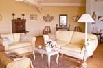 Апартаменты Holiday Home Maison Rochefort du Gard Rochefort du Gard