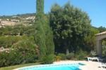 Апартаменты Holiday Home Les Chenes a Valcros IV La Londe Les Maures