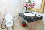13 Coins Airport Hotel Ngam Wong Wan (Domestic)