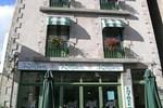 Отель Logis Hôtel Le Relais Des Remparts